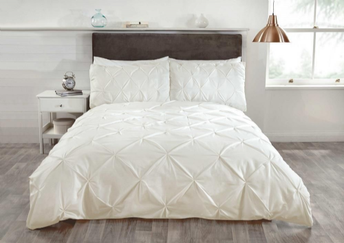 """Balmoral"", Pin Tuck, Cream, Single Duvet,luxurious, ""Belle Amie"" by Rapport"